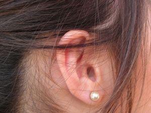 Hučení v uších může mít spoustu příčin