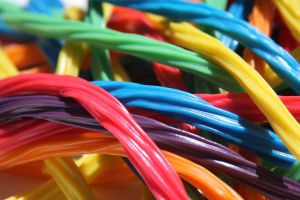 barevný lékořicový pendrek