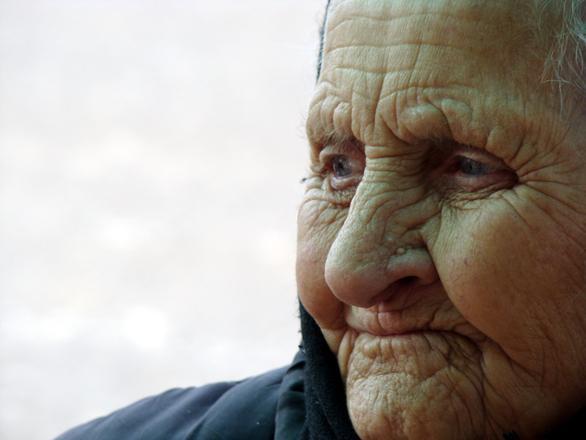Alzheimerova choroba postihuje převážně staré lidi
