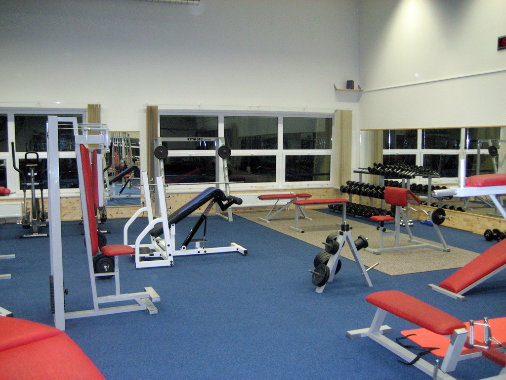 Arnold's Gym