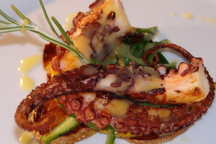 Chobotnice na talíři
