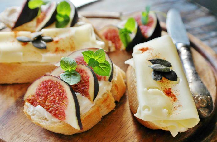 Kozí sýr s fíky